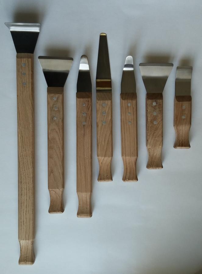 Лопатка для натяжного потолка своими руками