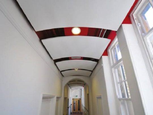 Модульный потолок из ПВХ панелей