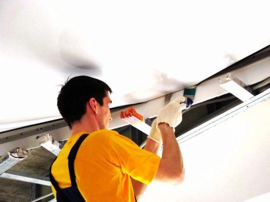 Монтаж натяжного потолока