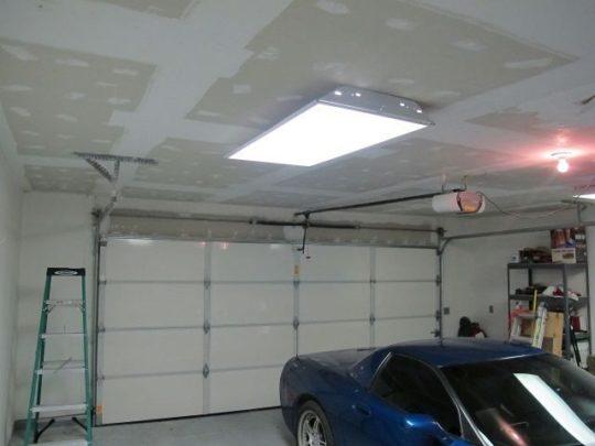 Отделка потолка в гараже