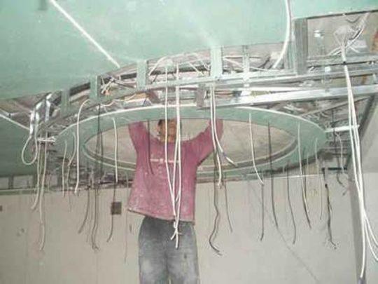 Прокладка кабельного освещения