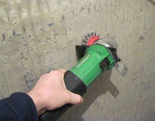 Снятие краски с потолка