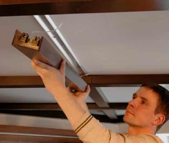 Монтаж потолочных балок