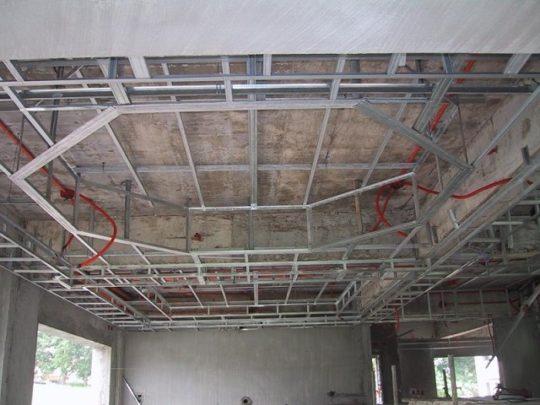Каркас для трехуровневого потолка